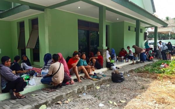Kebakaran Jatinegara: 11 Balita dan 16 Siswa SD Diungsikan - JPNN.com