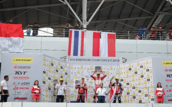 Di Tengah Aturan Equalizer, Pembalap Indonesia AHRT Juarai ARRC 2019 Malaysia Kelas AP250 - JPNN.com