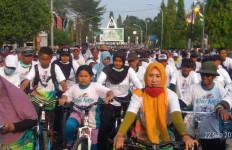 Ribuan Pesepeda Ramaikan Gowes Nusantara 2019 Etape Blora Jawa Tengah - JPNN.com
