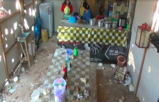 Ya Ampun, Ratusan Pesilat Serang Warung dan Aniaya Warga - JPNN.com