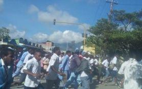 Bupati Jayawijaya: Di Mana-mana terjadi Pembakaran, Pelemparan - JPNN.com