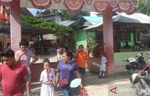 Kakak-Kakak Mahasiswa Demo di Jayapura, Adik-Adik SD dan SMP Terpaksa Pulang - JPNN.com