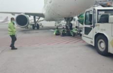 Kabut Asap Karhutla, Jadwal Penerbangan Bandara Kualanamu Terganggu - JPNN.com