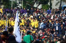 Polisi Terapkan Penjagaan Ketat di Depan Gedung DPR - JPNN.com