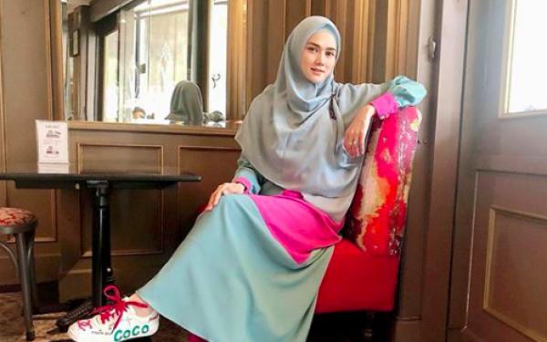 Kembali Disinggung Soal Endorsement Kacamata, Mulan Jameela Bilang Begini - JPNN.com