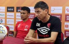 Pelatih PSM Bicara Perkembangan Kondisi Rivky Mokodompit - JPNN.com