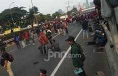 Demo Rusuh, Tol Dalam Kota Lumpuh - JPNN.com
