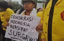 Larang Unjuk Rasa saat Pelantikan Presiden, Diskresi Polisi Ancam Demokrasi - JPNN.com