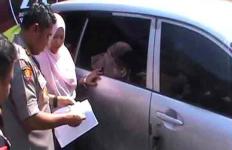 Mobil yang Dicuri Telah Ditemukan Polisi, Pemilik Langsung Sujud Syukur depan Kapolres - JPNN.com