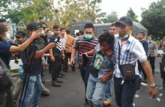 Polisi Tangkap 4 Orang, Bukan Mahasiswa, Siapa Mereka? - JPNN.com