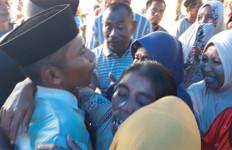 Kembalikan Immawan Randi, Oh Anakku, Kenapa Dia Ditembak? - JPNN.com