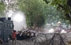 Poldasu Tetapkan 40 Tersangka Kerusuhan Demo Mahasiswa di DPRD Sumut - JPNN.com