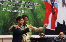 Mentan Amran Dialog Bersama 150 BEM Fakultas Pertanian Se-Indonesia - JPNN.com