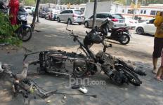 Tak Terima Motor Dibakar Massa Demo Anak STM, Jurnalis Okezone Melapor ke Polisi - JPNN.com