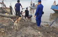 Kapal Motor MS. Safira Putri Meledak dan Terbakar, 2 Orang Tewas - JPNN.com