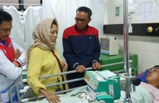Kapolda Sulsel jadikan Mahasiswa yang Tertabrak Mobil Barracuda Anak Angkat - JPNN.com