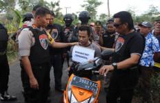 Kerahkan Seluruh Kekuatan, Polres Lumajang Berhasil Bekuk Begal Sadis Ini - JPNN.com