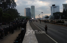 Polisi Imbau Massa Pedemo Buka Akses Jalan - JPNN.com