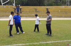 Rumput Stadion Haji Agus Salim Tidak Terawat, Semen Padang Terancam Pindah Kandang - JPNN.com