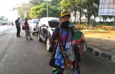 Di Balik Demonstrasi Ada Rezeki Buat Novan & Yana, Bisa Dapat Rp 700 Ribu - JPNN.com