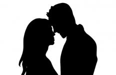 Polisi Datang saat Sepasang Kekasih Ini Sedang Asyik di Kamar Hotel, Kena Deh - JPNN.com