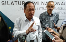 Menristekdikti Jagokan Lulusan Vokasi Ketimbang Pendidikan Akademi - JPNN.com