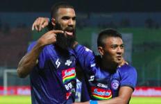 Arema FC 2 vs 0 PSM Makassar: Singo Edan Tembus Lima Besar - JPNN.com