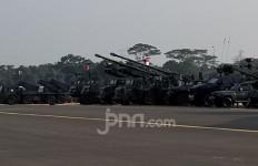 Alutsista Lengkap, Ribuan Pasukan TNI Berkumpul di Halim - JPNN.com