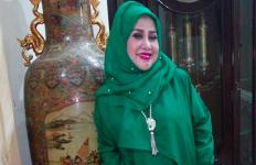 Menantu Ditangkap Lagi, Elvy Sukaesih Sibuk Kerja - JPNN.com