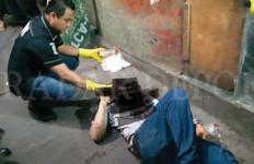 Warga Kalideres Ditemukan Tewas Bersimbah Darah di Depok - JPNN.com