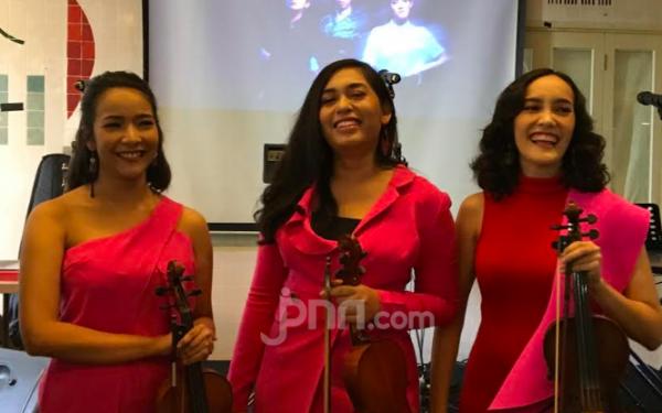 Bentuk Kamila, Tiga Violinis Cantik Ini Rilis Album Perdana - JPNN.com