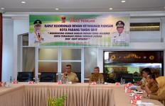 21 Rumah Makan di Padang Memakai Nama Ekstrem, Ada Setan dan Neraka - JPNN.com