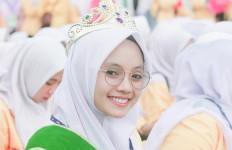 Manisnya Senyum Febri Pertiwi Tak Semanis Perjuangannya Meraih Prestasi - JPNN.com