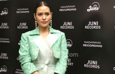 Raisa Kesulitan Bergoyang di Video Klip You - JPNN.com