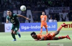 Imbang Lawan Borneo FC, Wolfgang Pikal Tetap Puji Perjuangan Skuad Persebaya - JPNN.com