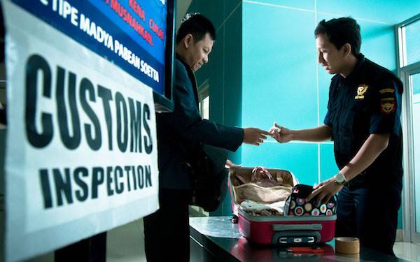 Begini Cara 2 Mahasiswa Pelaku Jastip Kelabui Petugas Bea Cukai - JPNN.com