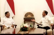 Jokowi dan Prabowo Tampak Mesra, tetapi Mungkin Banyak Pihak Tak Suka - JPNN.com
