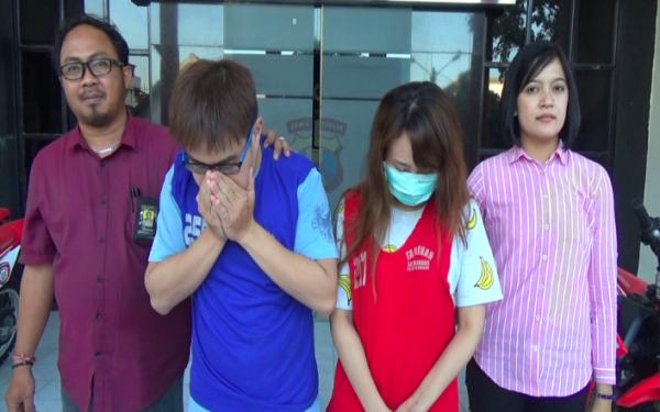 Uuuhh..Randy Halim dan Kekasih Sedang Asyik di Kamar Saat Polisi Datang - JPNN.com