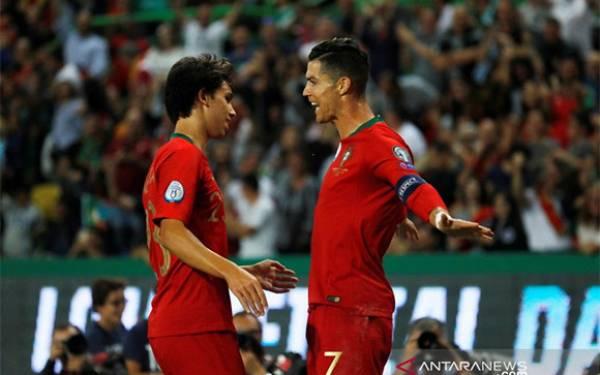 Lihat Gol Indah Cristiano Ronaldo saat Portugal Pukul Luksemburg - JPNN.com
