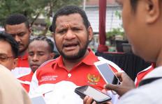 Hendrik Yance Udam Kecam Separatis yang Senang Wiranto Ditusuk - JPNN.com
