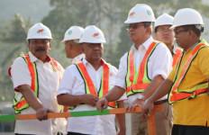 Kemenpora Lihat Proses Pembangunan Venue Berjalan Baik - JPNN.com