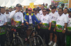 Gubernur Berharap Gowes Nusantara Dapat Menumbuhkan Rasa Persaudaraan Masyarakat Jambi - JPNN.com