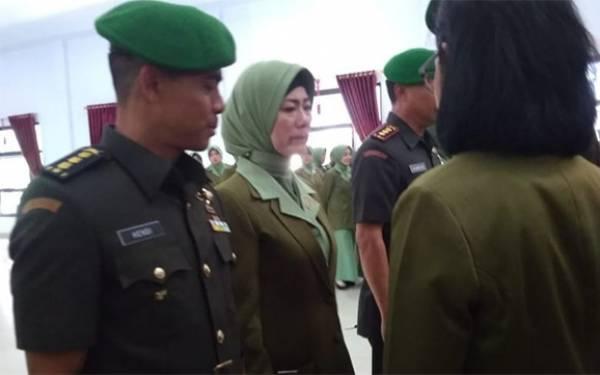 Istri Mantan Dandim Kendari Menangis, tetapi Sempat Ucap Terima Kasih - JPNN.com