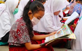 Kualitas Udara Memburuk, Jam Masuk Sekolah Dimundurkan