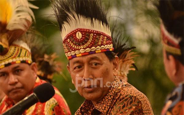 Pak Wiranto Sudah Bisa Buang Angin Setelah Ditusuk Iblis - JPNN.com