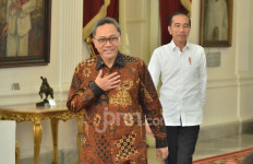 Zulkifli Hasan Keluar Mendahului Presiden Jokowi, Pertanda Apa? - JPNN.com