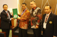 Ubah Wajah Pertanian Indonesia, Mentan Amran Diganjar Penghargaan - JPNN.com