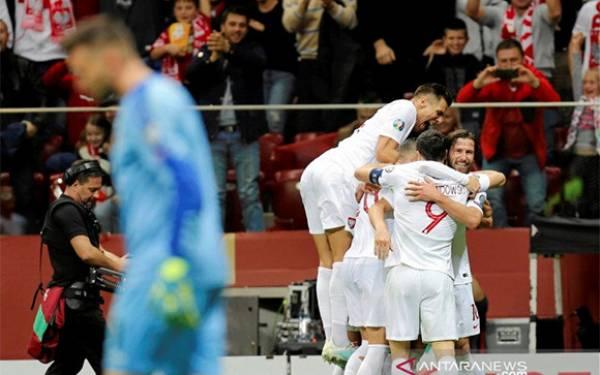 Rusia dan Polandia Tembus Piala Eropa 2020 - JPNN.com
