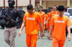 Pria Bogor Ini Punya Keahlian Menanam Ganja - JPNN.com