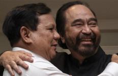 Berpelukan, Prabowo Subianto Berterima Kasih, Surya Paloh Bersyukur - JPNN.com
